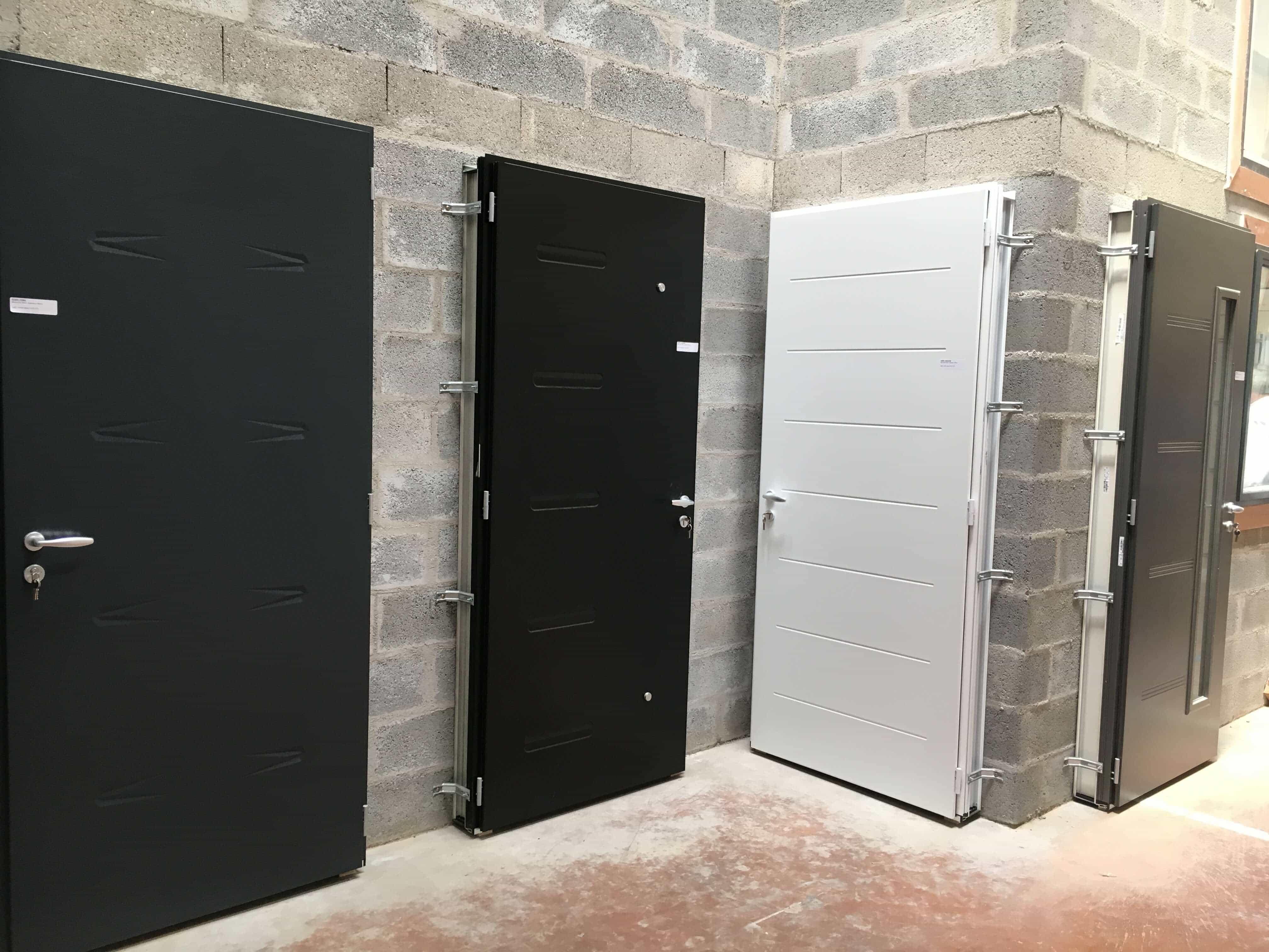 gueudry lance une nouvelle gamme de portes ext rieures. Black Bedroom Furniture Sets. Home Design Ideas